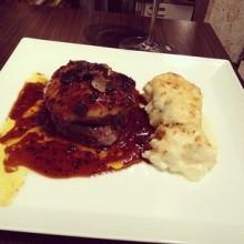 俺のフレンチ GINZA 銀座 牛フィレ肉とフォアグラのロッシーニ